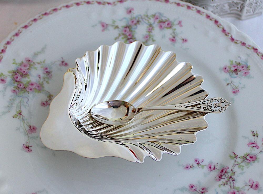 シェルディッシュ- 巻貝の足 1865年ロンドン(在庫は1個のみ)